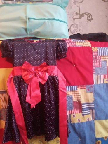 Новая детская платья.3-4 годика.атлас
