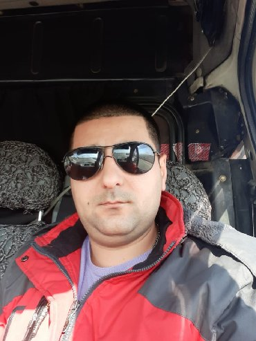 texnikalar - Azərbaycan: Surucu iwi axtariram  BC kateqoriya, 30 yaw. Uzun muddet yuk avtomobil