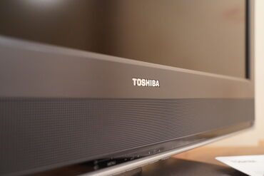 """Телевизор TOSHIBA, Индонезийской сборки, диагональ 32"""". В отличном"""