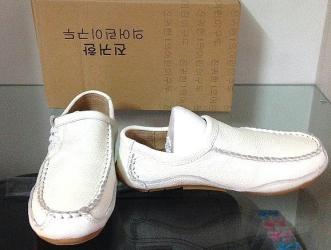 туфли зелёного цвета в Кыргызстан: Туфли цвет молочный. Новые! Размер 20-21 см! Натуральная 100% кожа вну