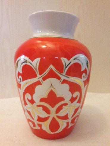 Антикварные вазы в Кыргызстан: Ваза со времён СССР. Высота 24см