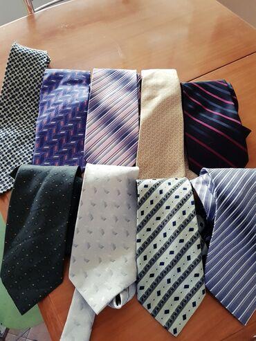 галстуки бишкек in Кыргызстан   ДРУГАЯ МУЖСКАЯ ОДЕЖДА: 27 мужских галстуков. В отличном состоянии. Цена за все, отдельно не