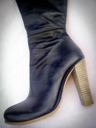 Женская обувь в Токмак: Женские сапоги,Турция. высококачественная натуральная кожа. размер