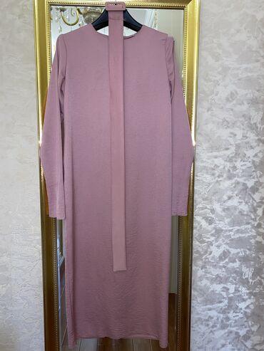 Платья - Бишкек: Платье длины Миди Цвет пудровый розовый  Размер М Хорошее состояние