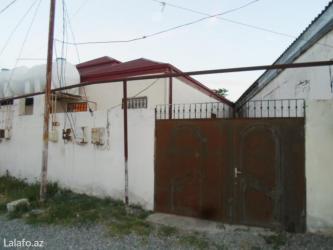Bakı şəhərində Binəqədi qəsəbəsi. 2 otaq həyət evi