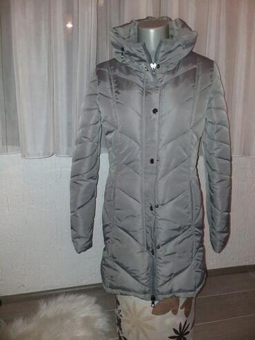 Divna siva zimska jaknaKupljena u Nemačkoj Jednom obučena na