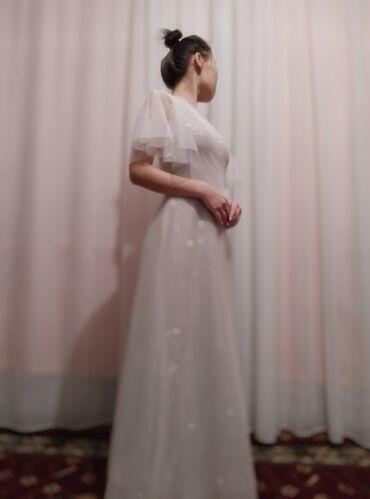 вечернее платье бу в Кыргызстан: Нежное вечернее платье . Красиво сидит по фигуре . Будете сверкать в т