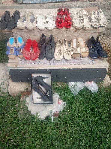 женская одежда бишкек в Кыргызстан: Женская обувь.кыздардын бут кийими каждый по 100с ватсап