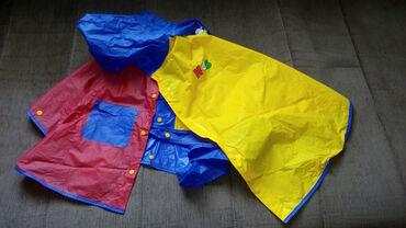 Ostala dečija odeća | Pozarevac: AVON - Dečija kišna kabanica za uzrast do šest godina, zavisno od