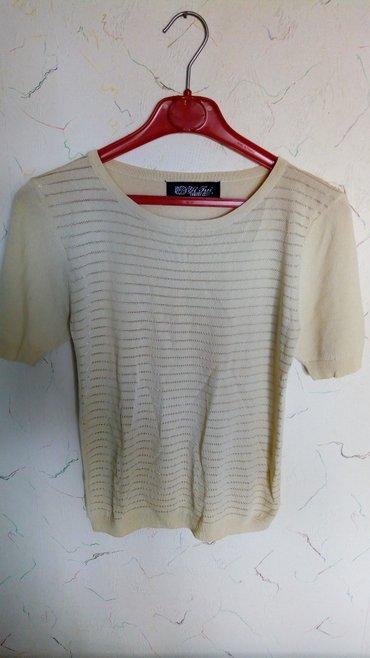 Nova bluza,svilen konac i elastim..obim grudi 90,duz..54cm. - Kraljevo