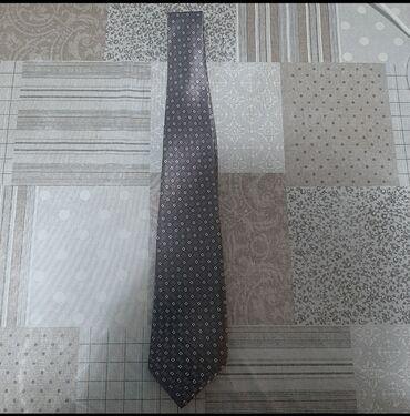 Продаю галстук,состояние нового