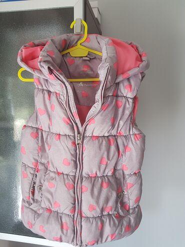 Dečije jakne i kaputi | Kovacica: Prsluk za devojcicu velicina 128 C&A