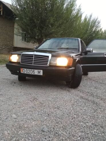 Mercedes-Benz 190-Series 1.9 л. 1988 | 340 км
