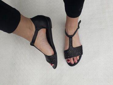 Ženska obuća | Valjevo: Greceland - broj 40 - sandale jako udobne i lagane. Broj 40 -gaziste