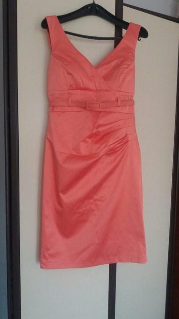 Satenska haljina sa - Srbija: Satenska haljina boja kao na slici sa etiketom. Pise 42 ali to je broj