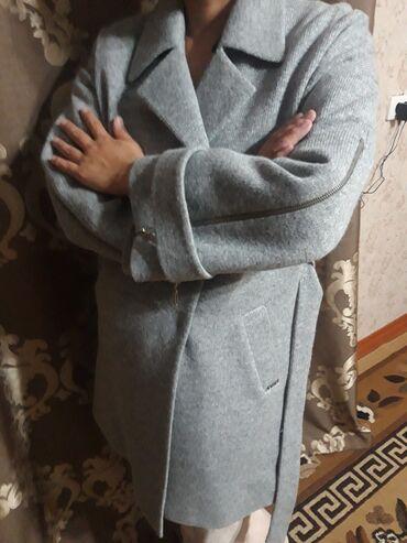 Продаю пальто деми производство Турция размер 42 новая с этикеткой