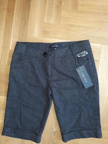 Nove sa etiketom Amisu kratke pantalone. 36 veličina.Boja nešto između