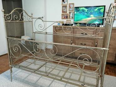 Metalni krevetac za bebe - Pancevo