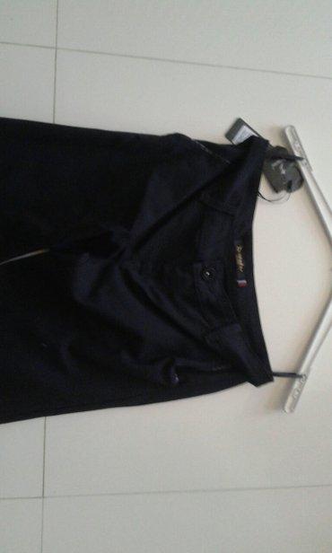 Crne pantalone uske - Srbija: Pantalone crne uske ekstra materijak velicine xs s m jako lepo stoje