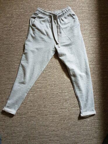 Amisu karirane bermude - Srbija: Zara pantalone, potpuno novo,vel.S/mnenosenopredobar modelfiksna cena