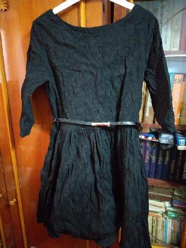 черное до колен платье в Кыргызстан: Платье черное. На худеньких девушек. Длина чуть выше колен. Одевали 1