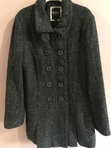 Kratak polovan kaput,idealan za jesen,XL velicina,8%