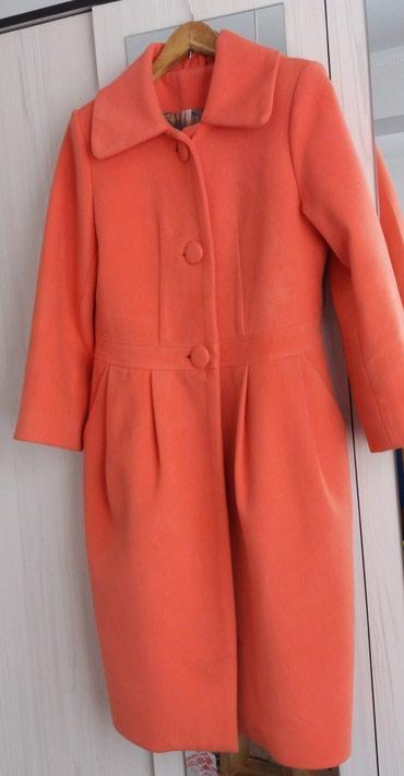 Стильное пальто фонарик из плотного кашемира,теплое.46р в Бишкек