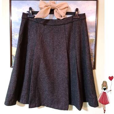 Yessica prelepa suknja L vel, bez oštecenja, stanje perfektno. Za jese