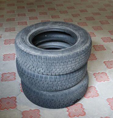 шины 225 70 r16 в Кыргызстан: Зимняя шина 225/70 r16 HankookКорейскаяОтличное состояниеЦена 5000 сом