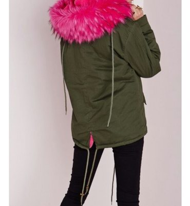 Продаю стильную куртку Парка с в Бишкек