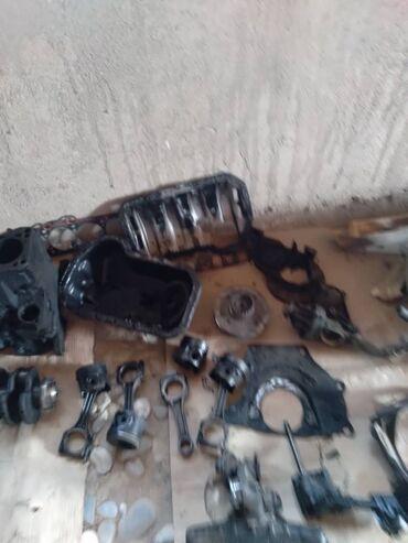 гор юст бишкек в Кыргызстан: Автозапчасти позвоните по ном есть ещё генератор от пассат запчасти н