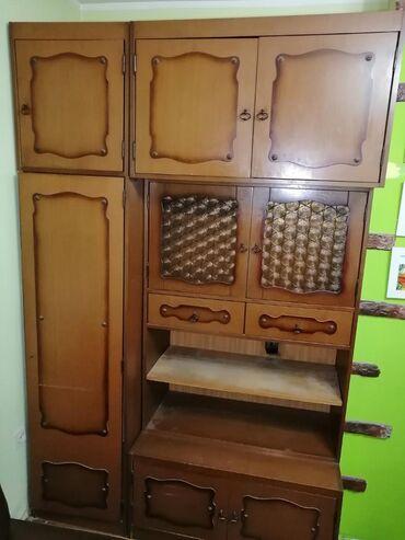 Kredenac | Srbija: Orman-vitrina, u dobrom stanju, za više informacija pozovite, moguć