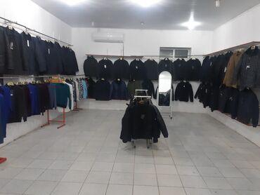 Сдам в аренду - Азербайджан: Yeni Yasamalda məhəllələr arası əlverişli yerdə yerləşir.Giriş zal 30