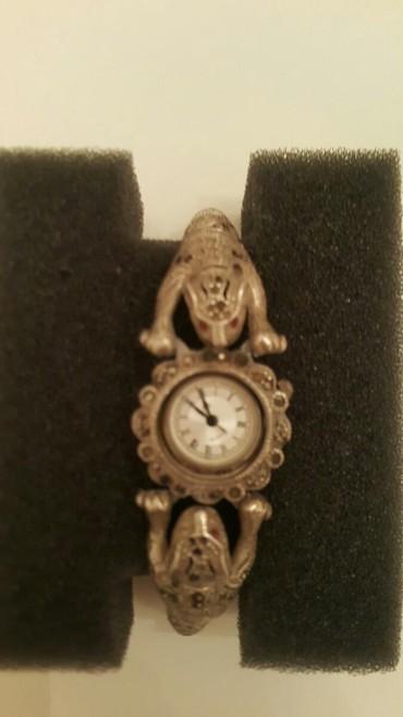 Часы .серебро-60 грамм.Таиланд .90 е годы.капельное серебро