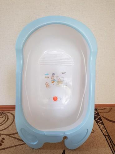 Почти новая ванночка, размеры без бортов 48 на 68 см