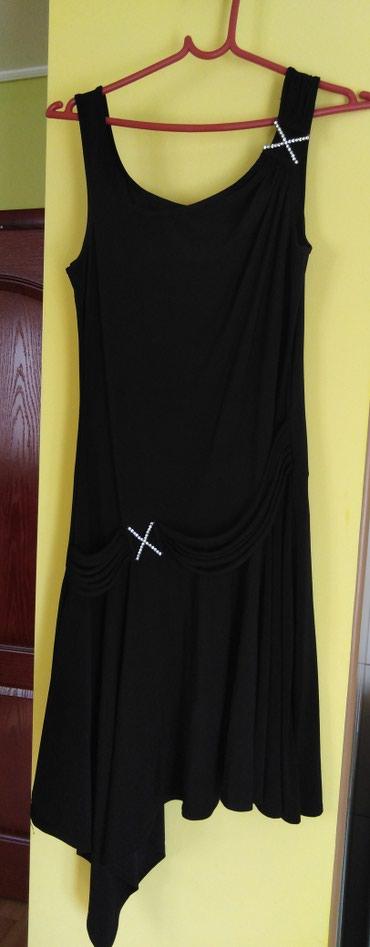 Haljine   Ivanjica: Crna haljina 38. Nije nosena. Lepse izgleda nego na slici ima preko