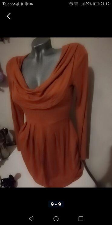 Savršena nova haljina izuzetno kvalitetna Firmirana M veličina Prelepo
