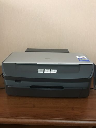 стилус в Кыргызстан: Продаю цветной принтер Epson Stylus Photo R 270 и резак для бумаги