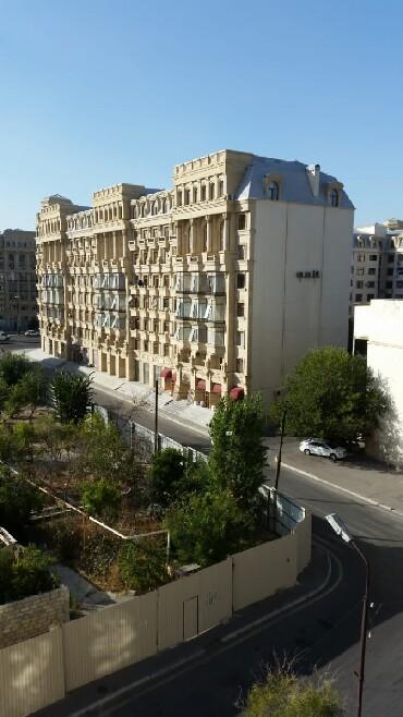 шкаф в зал в Азербайджан: Продается квартира: 4 комнаты, 174 кв. м