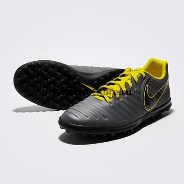 футбольные бутсы оригинал в Кыргызстан: Футбольные шиповки Nike Legend 7 Club TF Размеры: US (9) EUR (42.5)