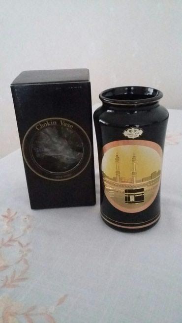 Bakı şəhərində Vaza yapon istehsalı. qızılsuyu işləməli.  hündürluyu 15 sm 65azn .