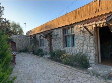 Xezer rayonu Şüvelan qesebesinde,ümumi sahesi 240 kv.metr olan,6 kabin