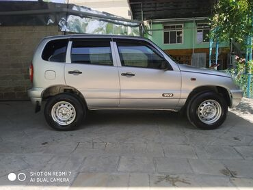 Nəqliyyat Şamaxıda: Chevrolet Niva 1.7 l. 2006 | 169000 km