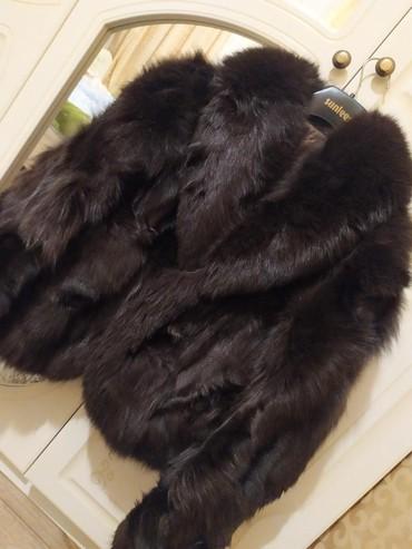 шуба натуральная лиса в Кыргызстан: Продаю Шубу натуральный мех Лиса,брали очень дорого продаю ещё