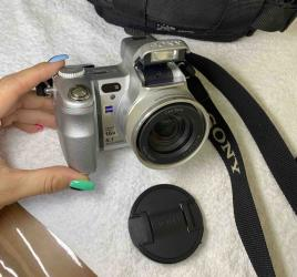 cyber shot sony в Кыргызстан: Sony Cyber-shot DSC-H7/H9 Продаю камеру Sony Cyber-shot DSC-H7/H9