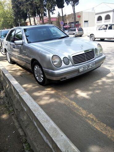 Nəqliyyat - Qazax: Mercedes-Benz E 240 2.4 l. 1998