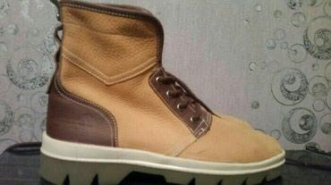 timberland одежда мужская в Кыргызстан: Продаю ботинки Timberland. Оригинал 100%. Покупали в ОАЭ. Сделано в До