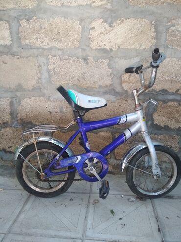 velosiped satisi gence - Azərbaycan: 12 velosiped (055)