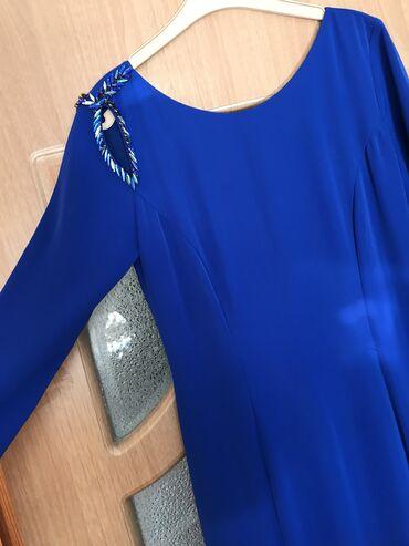 шикарные вечерние платья в пол в Кыргызстан: Шикарное платье типо рыбка в пол сидит красиво по фигуре, покупала за