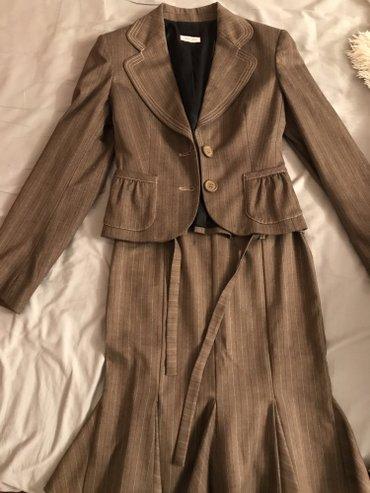 Итальянский шикарный деловой костюм! размер 42/44! в Бишкек